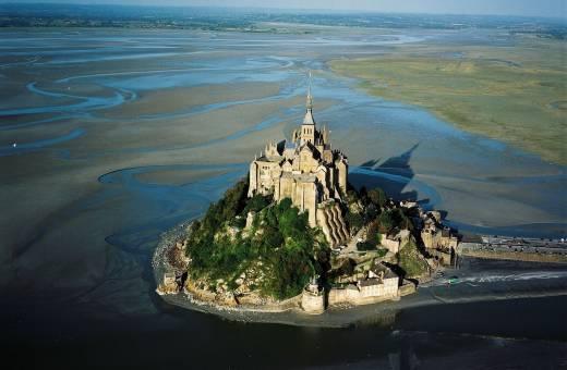 Rejoignez la Bretagne en 2h15 seulement depuis Paris ! Il est temps de prévoir une escapade en bord de mer !