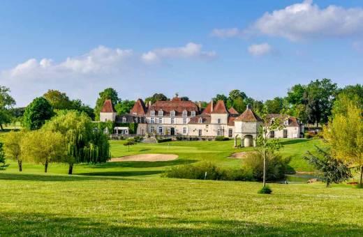 En juin, profitez des derniers jours de Printemps grâce au Château des Vigiers !