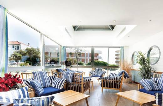 PAYS BASQUE - HOTEL & RESIDENCE LE GRAND LARGE BIARRITZ