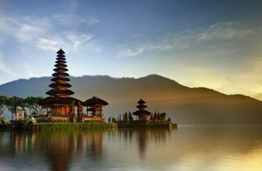 The Leaf Jimbaran Bali Luxurious Villa & Spa