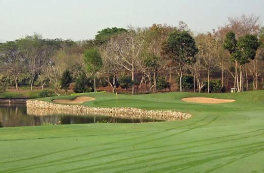 Santiburi Chiang Rai Country Club