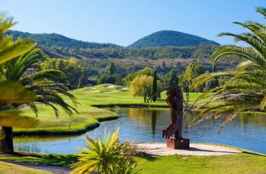 Domaine de Barbossi - Hotel Ermitage de l'Oasis - 4*